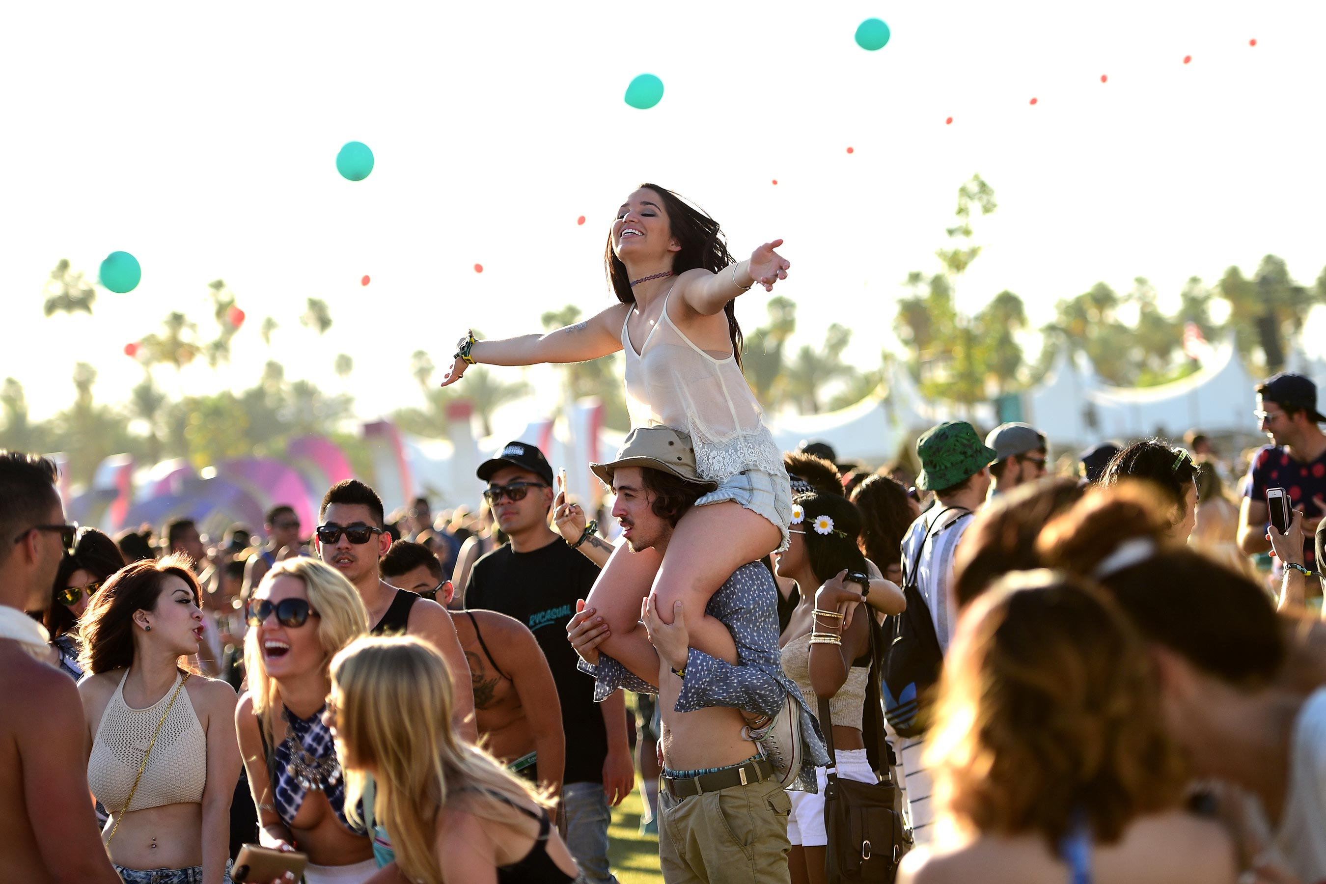 How to Manage Your Down Time in Music Festivals